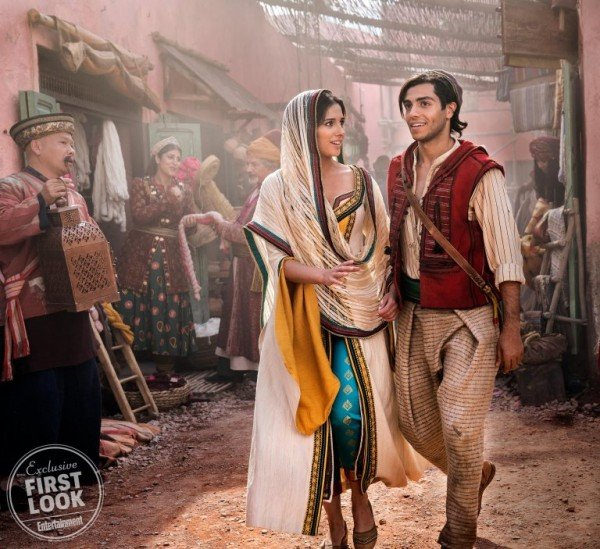 aladdin-first-look-ew-image-7-600x549.jpg